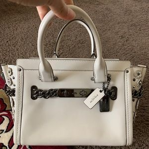 COACH SWAGGER 27 WILLOW FLORAL Leather Bag CHALK